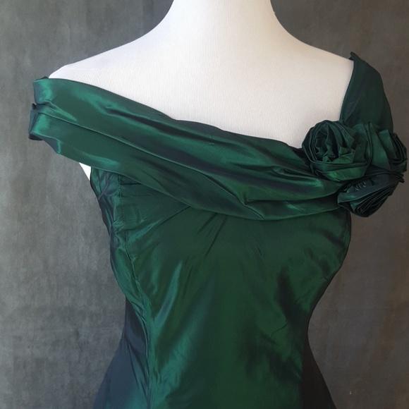 07a12a0e5410f nikki Dresses | Emerald Green Taffeta Evening Dress | Poshmark